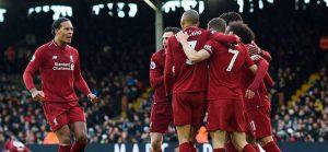 Liverpool va de nuevo por la punta en Inglaterra