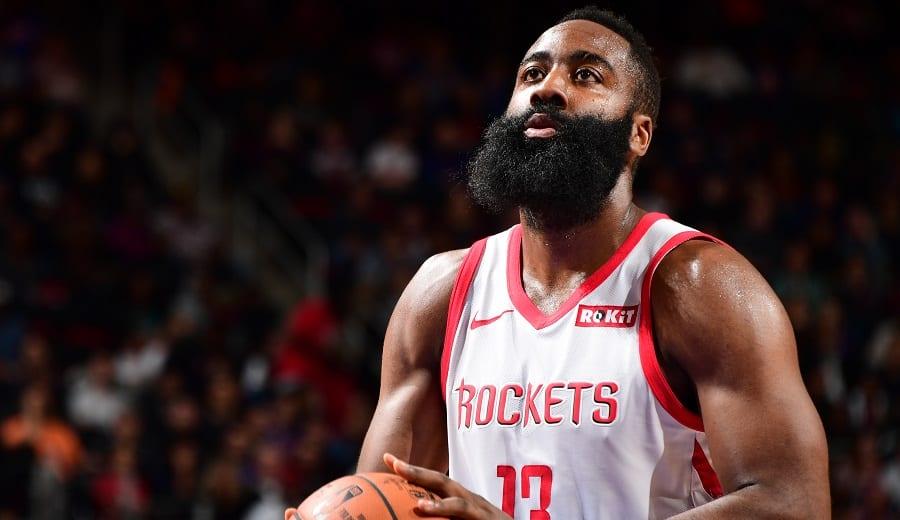 """""""La Barba"""" se mantiene como líder anotador en la NBA"""