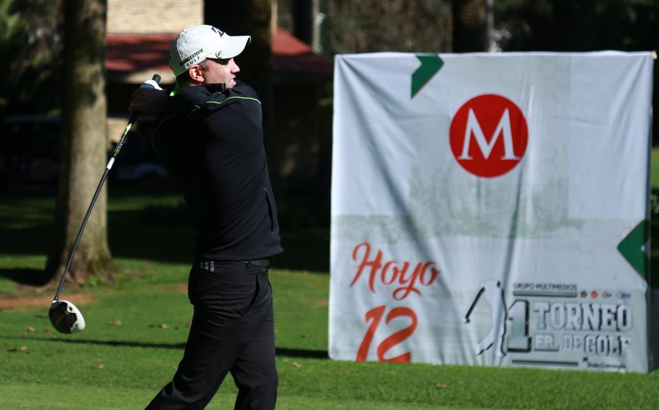 Se inauguró el primer torneo Multimedios de golf