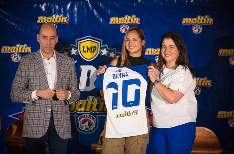 Deyna Castellanos, primera mujer en ser nombrada 'Líder Maltín Polar'