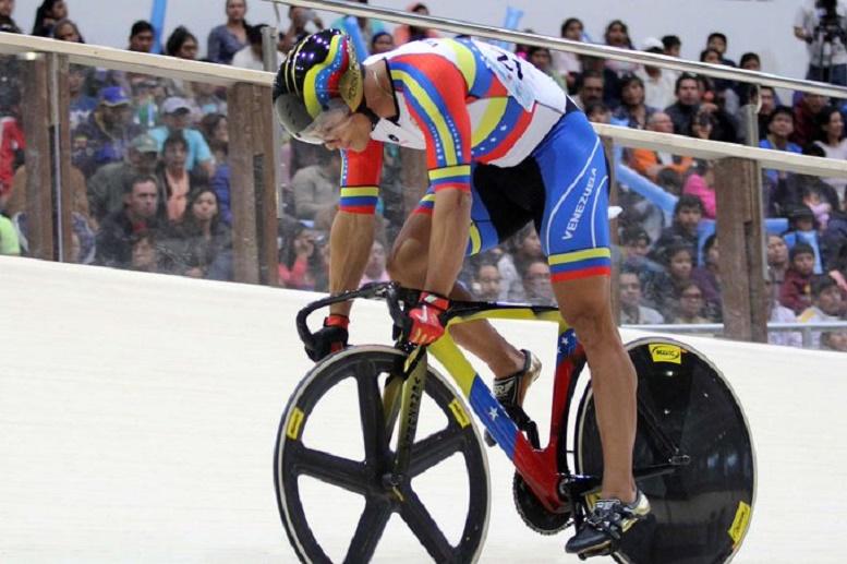 Hersony Canelón arranca participación en Copa del Mundo de Ciclismo de Pista