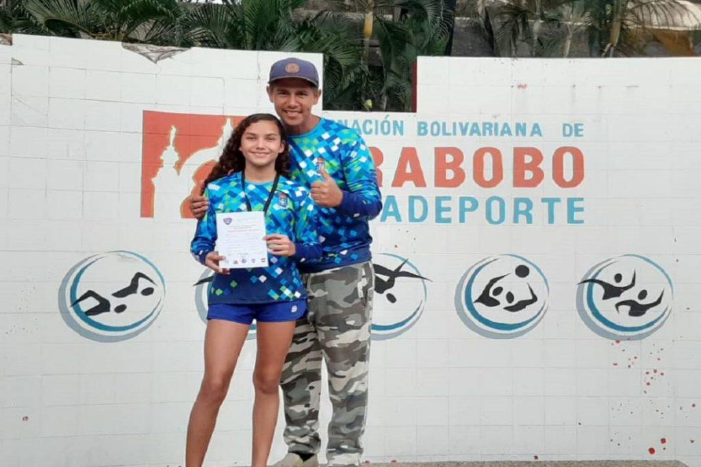 """Isabella Berzal rompe récord estadal de natación """"Copa Navidad"""" ADAC 2019"""