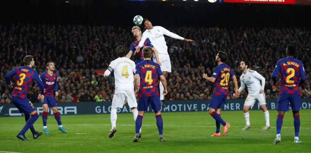 Real Madrid y Barcelona empatan a cero goles en el Camp Nou